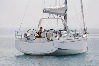 2020 Beneteau Oceanis 35.1 1 2