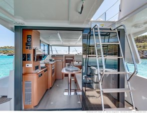 2020 Beneteau Swift Trawler  30 8 9