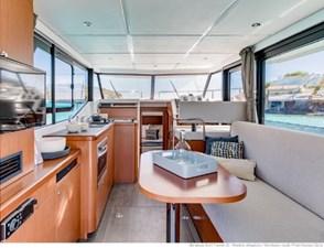 2020 Beneteau Swift Trawler  30 9 10