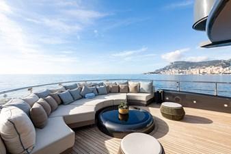 MRS L 20 Sun deck - Lounge area (fwd)