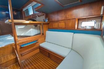 1978 Viking 43 Double Cabin 23 24