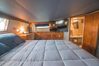 1978 Viking 43 Double Cabin 27 28