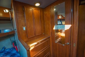 1978 Viking 43 Double Cabin 34 35