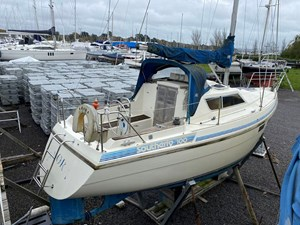 southerly-100-lifting-keel-24
