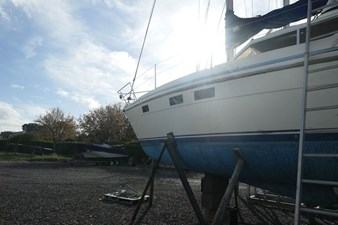 southerly-100-lifting-keel-31