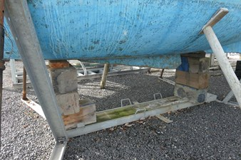 southerly-100-lifting-keel-32