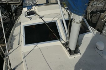 southerly-100-lifting-keel-40