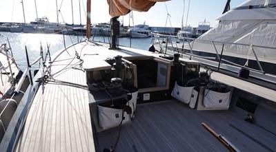 BLACK_LEDEND 2_sailing yacht_black_pepper_code_1_003