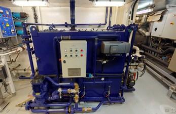 Ocean Xplorer 71 27 engine rm5