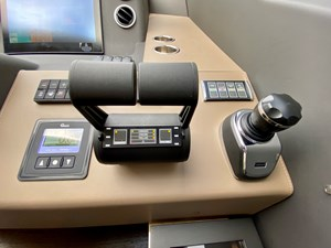83_2018 66ft Azimut Flybridge SEARENITY II
