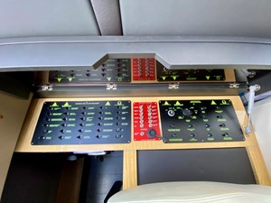 86_2018 66ft Azimut Flybridge SEARENITY II