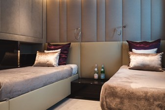 19 SAGE 40m Admiral Twin Stateroom