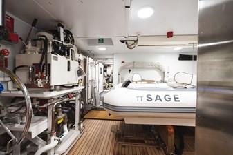44 SAGE 40m Admiral Tender Garage