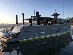 180513_JOY STAR_Profile_motor yacht
