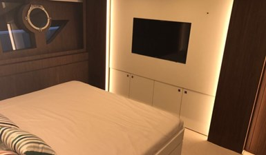 Riva 88 Guest Stateroom
