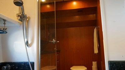 70 Main-Bathroom-4