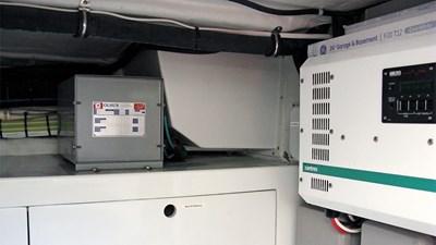 104 -06---Pt-Battery-Box-and-Inverter