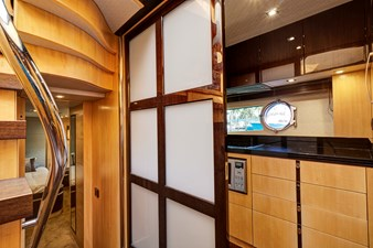New Page 42 43_2014 68ft Sunseeker Sport Yacht NEW PAGE