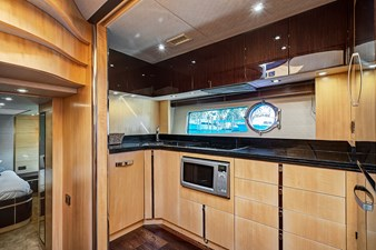 New Page 43 44_2014 68ft Sunseeker Sport Yacht NEW PAGE
