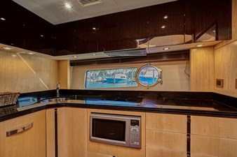 New Page 44 45_2014 68ft Sunseeker Sport Yacht NEW PAGE