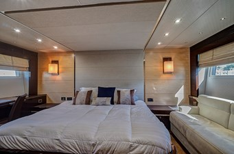 New Page 48 49_2014 68ft Sunseeker Sport Yacht NEW PAGE