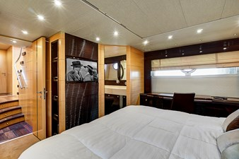 New Page 50 51_2014 68ft Sunseeker Sport Yacht NEW PAGE