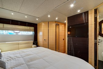 New Page 51 52_2014 68ft Sunseeker Sport Yacht NEW PAGE
