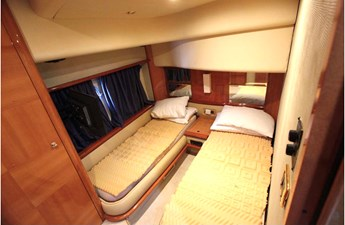 TERA IV 14 Guest Stateroom