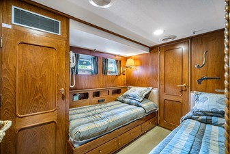 Impetuous 22 Guest Stateroom
