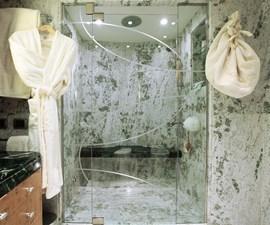 QUEEN_AIDA_VIP Bathroom 00006216_vb1256932