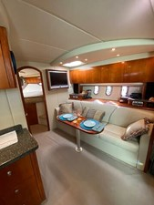 Salon looking Starboard