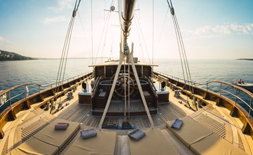 Aft deck and mats