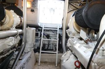 39_2001 52ft Ocean 52 Super Sport JUST CHILLEN