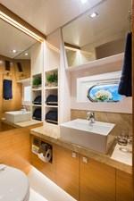 Horizon E75 (New Boat Spec)  27 Guest Twin Bath