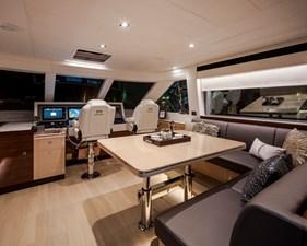 Horizon E75 (New Boat Spec)  32 Skylounge