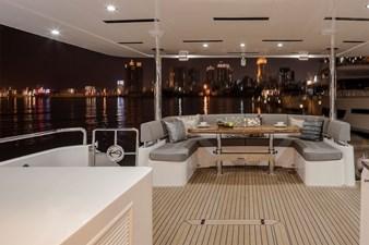 Horizon E75 (New Boat Spec)  34 Aft Deck