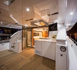 Horizon E75 (New Boat Spec)  35 Aft Deck
