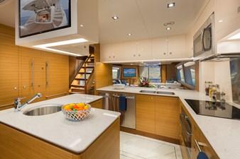 E90 (New Boat Spec)  14 Galley