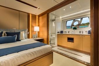 E90 (New Boat Spec)  16 Master Stateroom