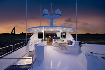 E90 (New Boat Spec)  30 Boat Deck