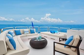 E90 (New Boat Spec)  35 Boat Deck