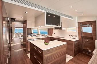E90 (New Boat Spec)  43 Galley