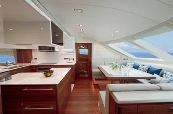 E90 (New Boat Spec)  44 Galley