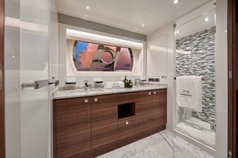 E90 (New Boat Spec)  48 Master Bath
