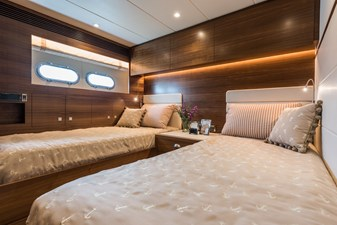 E98 (New Spec Boat)  28 Starboard Twin Stateroom
