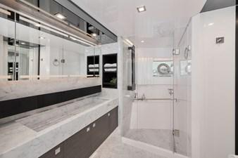 FD75 (New Boat Spec)  17 Master Bathroom