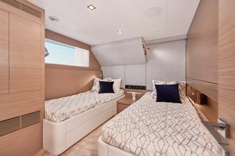FD75 (New Boat Spec)  23 Twin Guest Stateroom