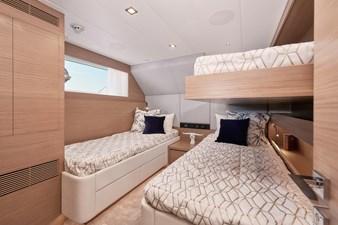FD75 (New Boat Spec)  24 Twin Guest Stateroom (Pullman)