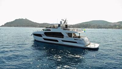 FD75 (New Boat Spec)  34 Exterior