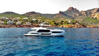 FD75 (New Boat Spec)  41 Exterior